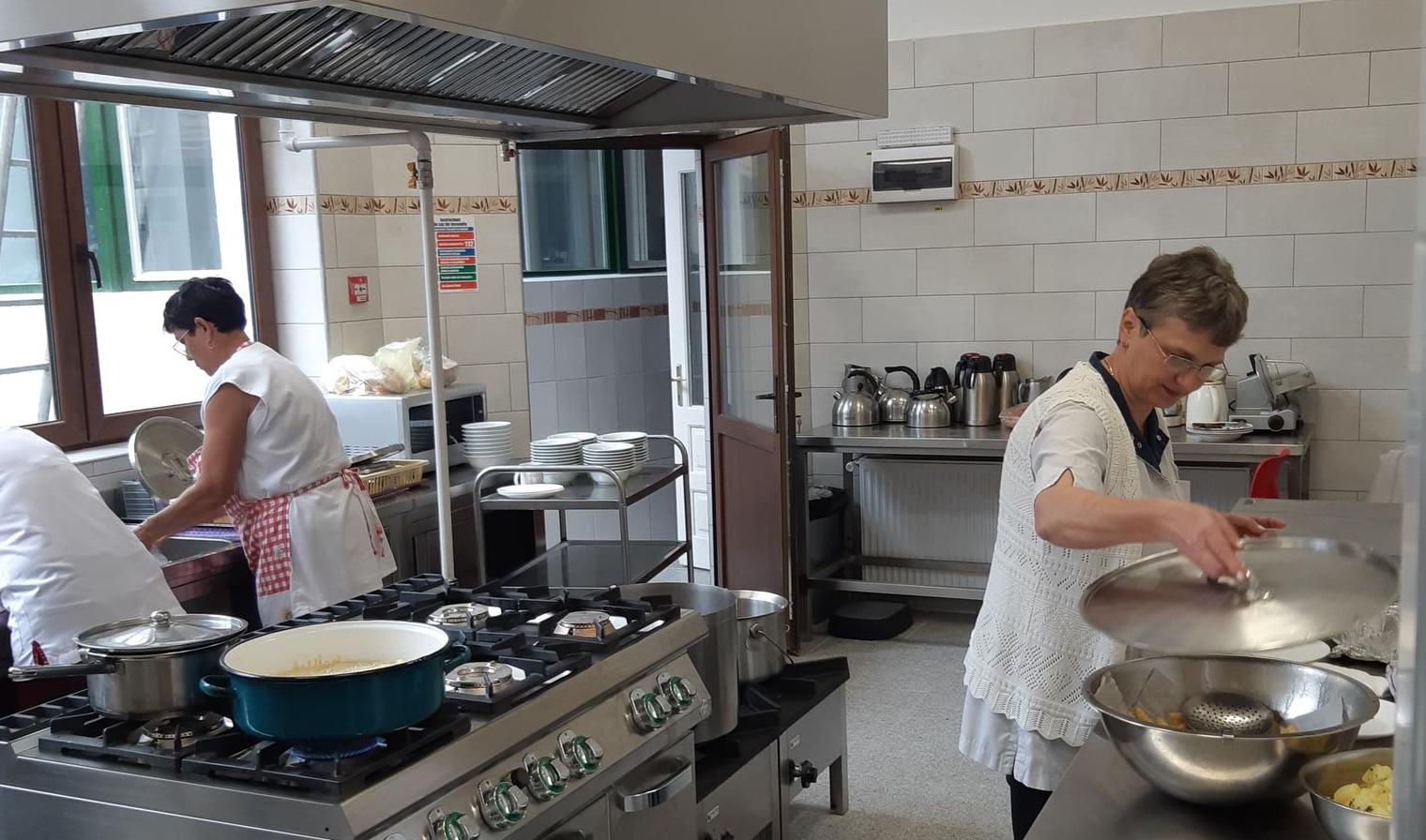 Nieuwe keuken voor bejaardenhuis in Roemenië